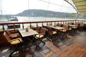 Columbus Boat Restaurant & Pub