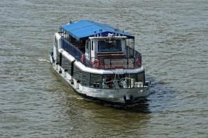 Ship Rental